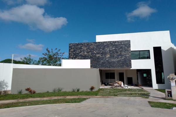 Foto de casa en venta en  , cholul, mérida, yucatán, 5647934 No. 01