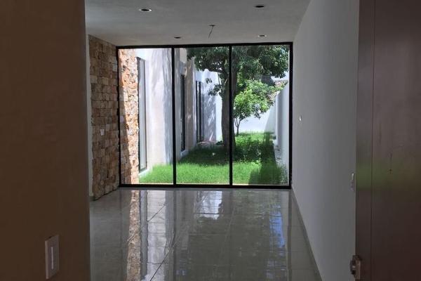 Foto de casa en venta en  , cholul, mérida, yucatán, 5677351 No. 02