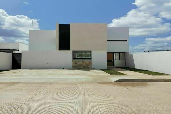 Foto de casa en venta en  , cholul, mérida, yucatán, 8285988 No. 01