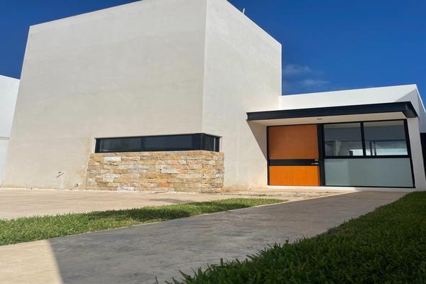 Foto de casa en venta en  , cholul, mérida, yucatán, 8322587 No. 01