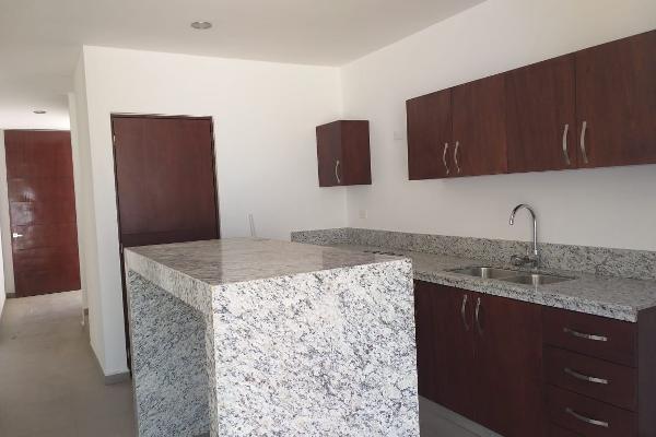 Foto de casa en venta en  , chuburna de hidalgo iii, mérida, yucatán, 14028593 No. 01