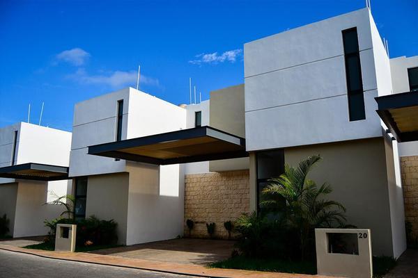Foto de casa en venta en  , chuburna de hidalgo v, mérida, yucatán, 8210278 No. 01