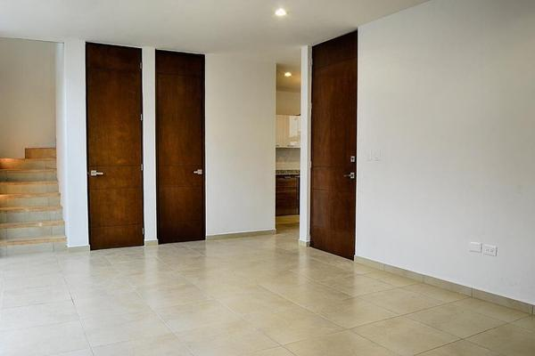 Foto de casa en venta en  , chuburna de hidalgo v, mérida, yucatán, 8210278 No. 03