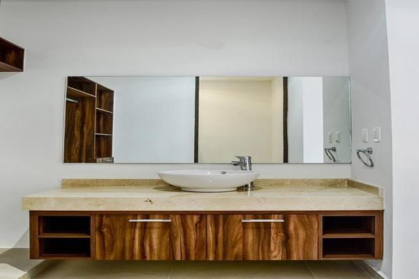 Foto de casa en venta en  , chuburna de hidalgo v, mérida, yucatán, 8210278 No. 04