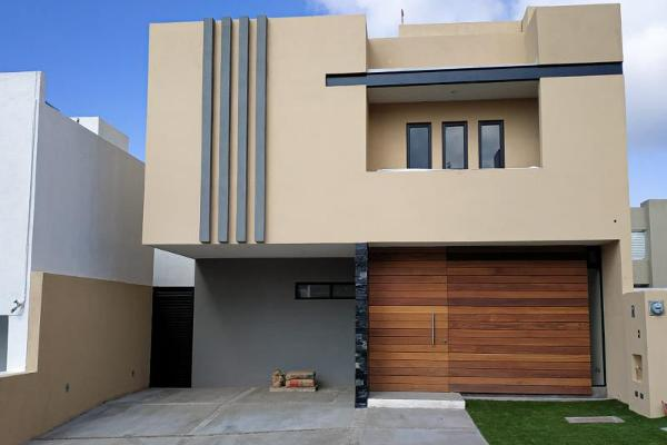 Foto de casa en venta en  , villas del refugio, querétaro, querétaro, 6201600 No. 01