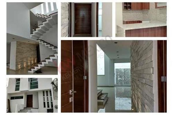 Foto de casa en venta en cieneguillas , residencial el refugio, querétaro, querétaro, 5934315 No. 01