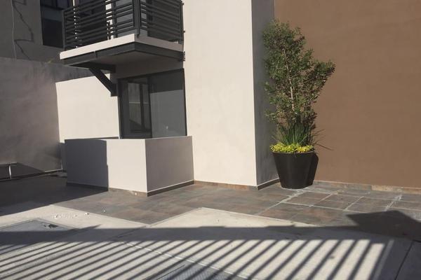 Foto de departamento en renta en circuito agaves cond. los sauces , residencial el refugio, querétaro, querétaro, 14023407 No. 01