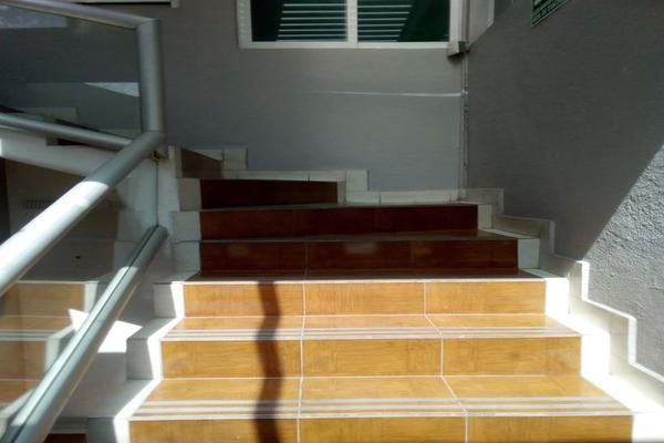 Foto de oficina en renta en circuito alamos # 22 , los alcanfores sección sur, querétaro, querétaro, 0 No. 06
