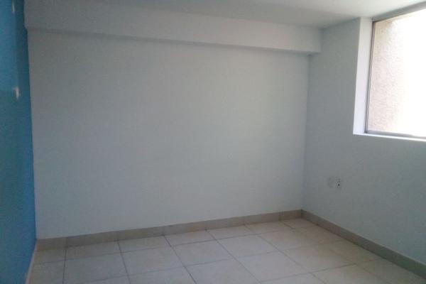 Foto de oficina en renta en circuito alamos # 22 , los alcanfores sección sur, querétaro, querétaro, 0 No. 12