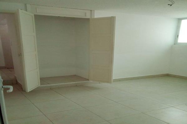 Foto de oficina en renta en circuito alamos # 22 , los alcanfores sección sur, querétaro, querétaro, 0 No. 26