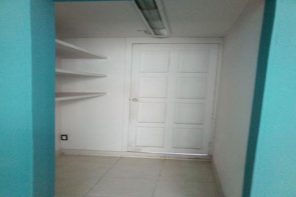 Foto de oficina en renta en circuito alamos # 22 , los alcanfores sección sur, querétaro, querétaro, 0 No. 36