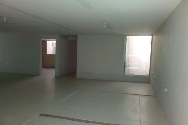 Foto de oficina en renta en circuito alamos # 22 , los alcanfores sección sur, querétaro, querétaro, 0 No. 37