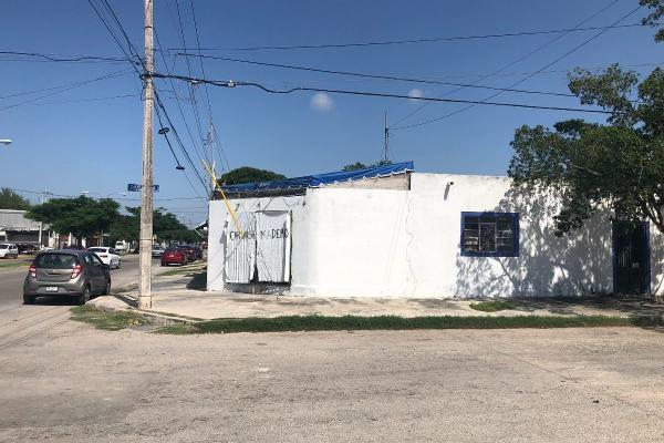 Foto de casa en venta en  , circuito colonias, mérida, yucatán, 8848090 No. 01
