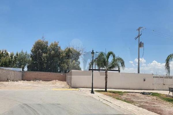 Foto de terreno habitacional en venta en circuito de la primavera , real del nogalar, torreón, coahuila de zaragoza, 15019508 No. 02