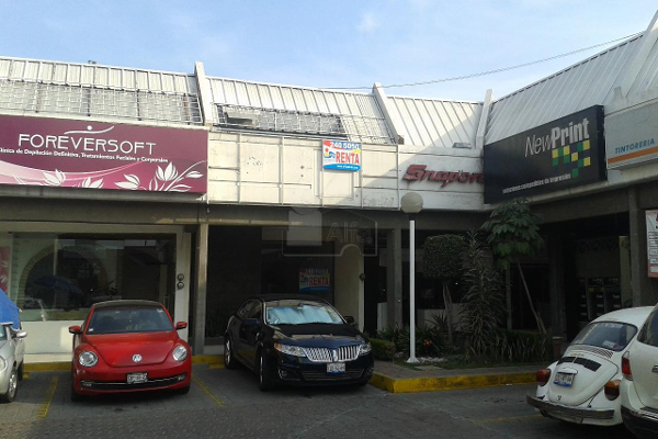 Circuito Juan Pablo Ii : Local en circuito juan pablo ii 2906 72 las Á propiedades.com