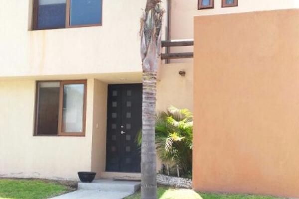 Casa en circuito puerta del sol 7 fra el pueblito for Casas en renta puerta del sol