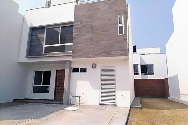Foto de casa en venta en circuito tulimán ii , lomas de angelópolis ii, san andrés cholula, puebla, 7302713 No. 01