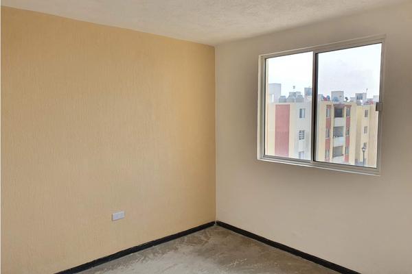 Foto de departamento en venta en  , claustros de la loma, querétaro, querétaro, 20100764 No. 09