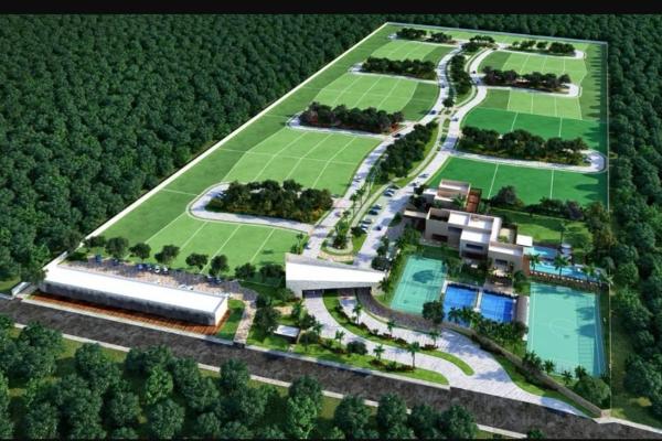 Foto de terreno habitacional en venta en  , club de golf la ceiba, mérida, yucatán, 14026139 No. 02