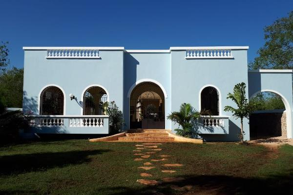 Foto de casa en venta en  , club de golf la ceiba, mérida, yucatán, 14038537 No. 01