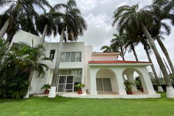 Foto de casa en venta en  , club de golf la ceiba, mérida, yucatán, 15230074 No. 01