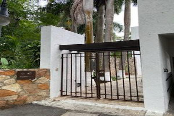 Foto de casa en venta en  , club de golf la ceiba, mérida, yucatán, 15230074 No. 02