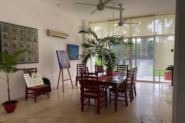Foto de casa en venta en  , club de golf la ceiba, mérida, yucatán, 15230074 No. 04