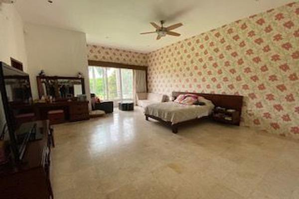 Foto de casa en venta en  , club de golf la ceiba, mérida, yucatán, 15230074 No. 15