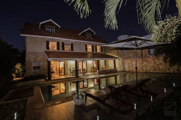 Foto de casa en venta en  , club de golf la ceiba, mérida, yucatán, 8883764 No. 02