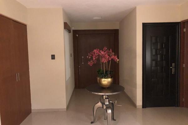 Foto de casa en venta en  , club de golf la loma, san luis potosí, san luis potosí, 14031242 No. 14