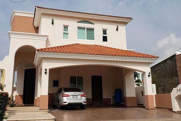 Foto de casa en venta en  , club real, mazatlán, sinaloa, 10112331 No. 01