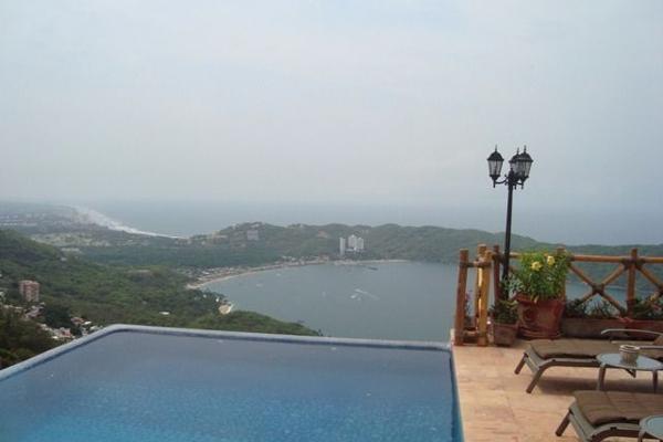 Foto de casa en venta en  , club residencial las brisas, acapulco de juárez, guerrero, 3162165 No. 01