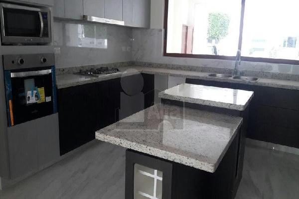 Foto de casa en venta en cluster venetto , lomas de angelópolis ii, san andrés cholula, puebla, 5713395 No. 02