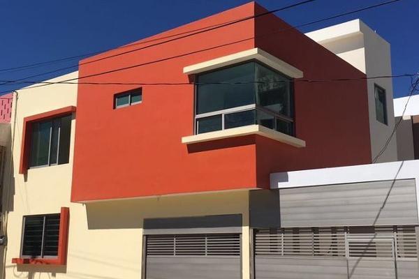 Foto de casa en venta en  , coatzacoalcos centro, coatzacoalcos, veracruz de ignacio de la llave, 3057864 No. 01