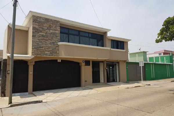 Foto de casa en venta en  , coatzacoalcos centro, coatzacoalcos, veracruz de ignacio de la llave, 8071090 No. 02