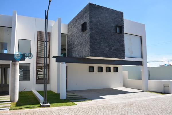 Foto de casa en venta en  , coaxustenco, metepec, méxico, 5944109 No. 01