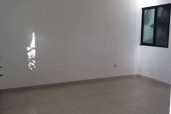 Foto de casa en venta en  , cocoyoles, mérida, yucatán, 3245233 No. 02