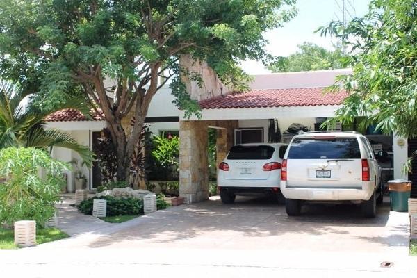 Foto de casa en venta en  , cocoyoles, mérida, yucatán, 4672428 No. 01