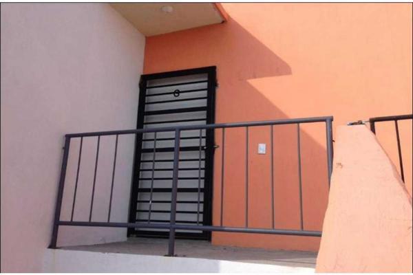 Foto de departamento en venta en  , cofradia de la luz, tlajomulco de zúñiga, jalisco, 15432834 No. 02