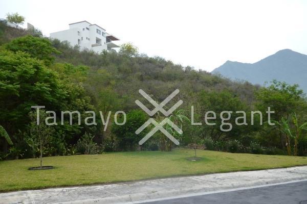 Foto de terreno habitacional en venta en  , san patricio 4 sector, san pedro garza garcía, nuevo león, 5395702 No. 02