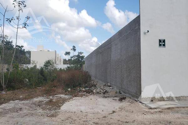 Foto de terreno habitacional en venta en  , colegios, benito juárez, quintana roo, 18518613 No. 03