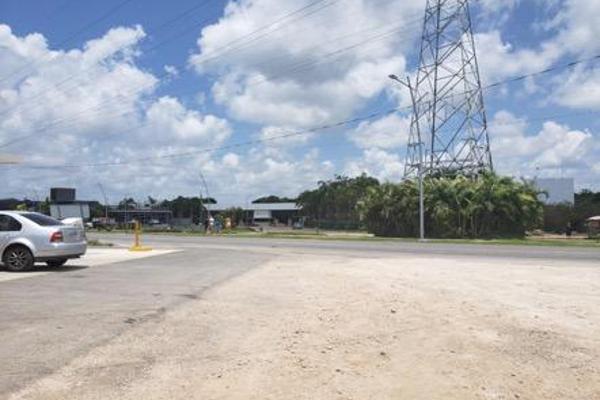 Foto de terreno habitacional en venta en  , colegios, benito juárez, quintana roo, 7999530 No. 02