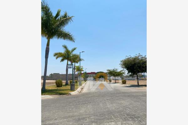 Foto de terreno habitacional en venta en  , colinas de santa fe, colima, colima, 0 No. 02