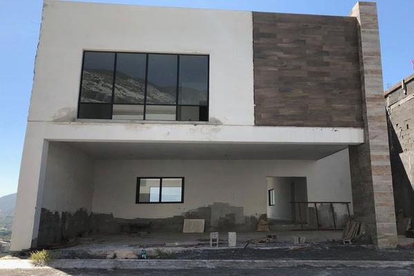 Foto de casa en venta en  , colinas de valle verde, monterrey, nuevo león, 7956612 No. 01