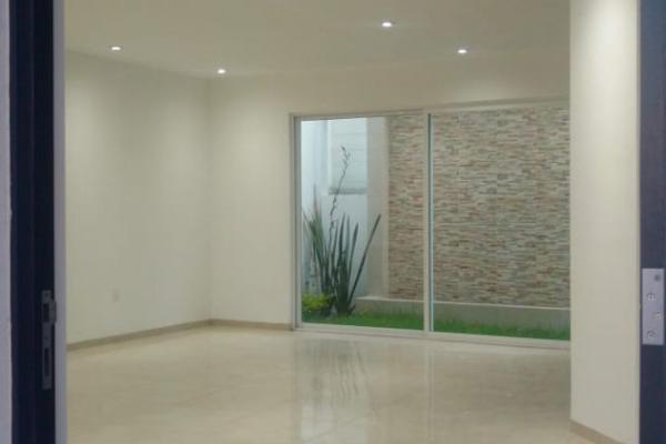 Foto de casa en venta en  , colinas del bosque 2a sección, corregidora, querétaro, 8856786 No. 01