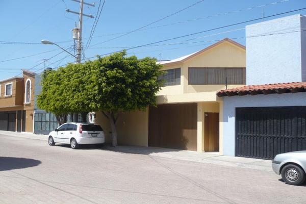 Foto de casa en venta en colinas del cimatario 1, colinas del cimatario, querétaro, querétaro, 0 No. 02
