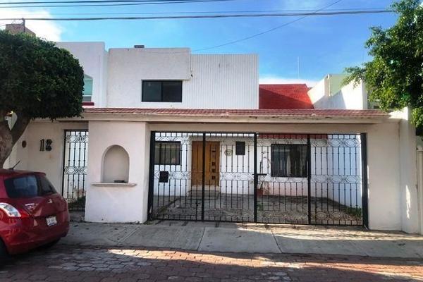 Foto de casa en venta en  , colinas del cimatario, querétaro, querétaro, 14033616 No. 01