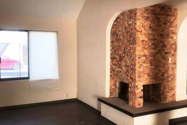 Foto de casa en venta en  , colinas del cimatario, querétaro, querétaro, 14033616 No. 02