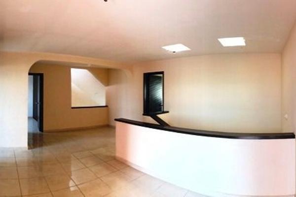 Foto de casa en venta en  , colinas del cimatario, querétaro, querétaro, 14033616 No. 09