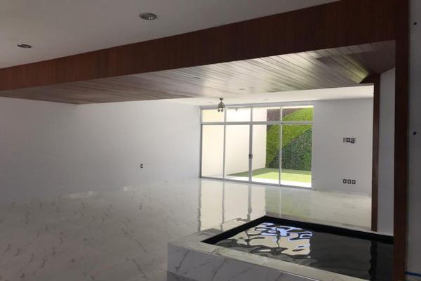 Foto de casa en venta en  , colinas del cimatario, querétaro, querétaro, 5381885 No. 02